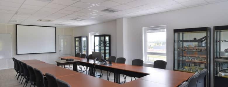 Batiment bureaux salle reunion 1