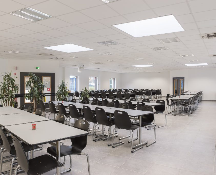 Restaurant entreprise, 750m², location