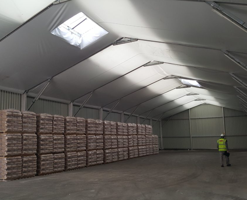 Location hangar entrepôt, 675m², location 12 mois