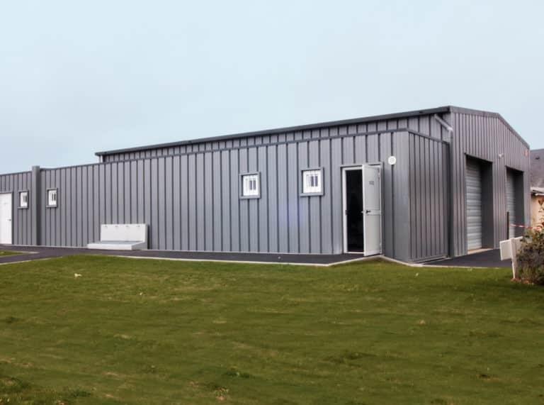 Vestiaires sportifs modulaires, 88m², achat